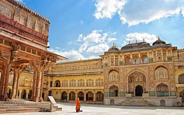 Amer Fort Top Jaipur Attractions and Places to Visit