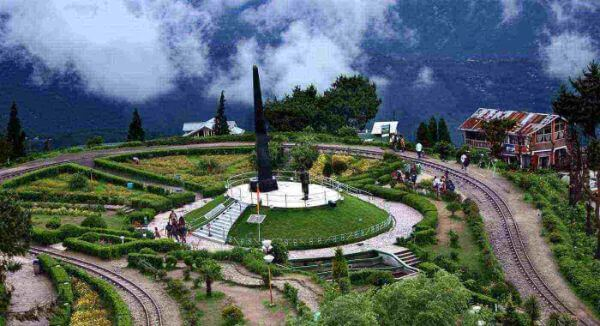 Darjeeling Places to Travel Alone in India for a Girl