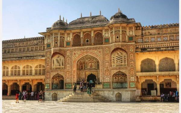 Jaigarh fort Top Jaipur Attractions and Places to Visit