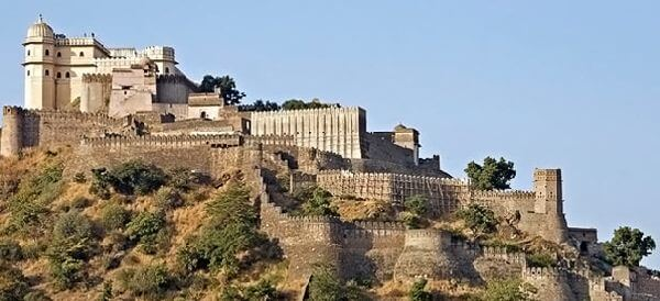 Kumbhalgarh Fort Top Udaipur Attractions and Places to Visit